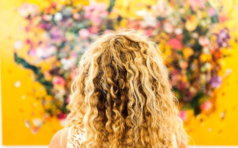 the best blonde curly wigs